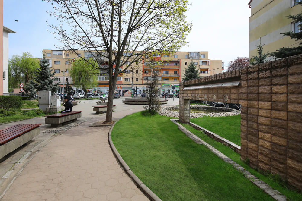 Campia-Turzii_parc_2